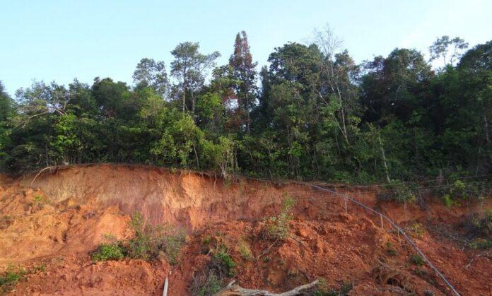 alunecare teren sebes turda lot 1