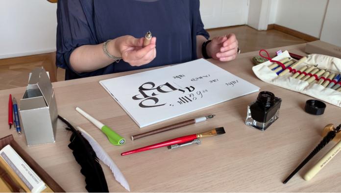 curs de caligrafie